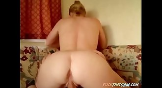 Sexy ass babe getting drilled on the couch